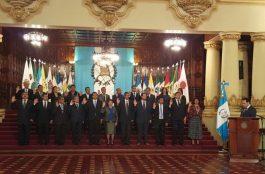 Juramentacion a 22 Gobernadores